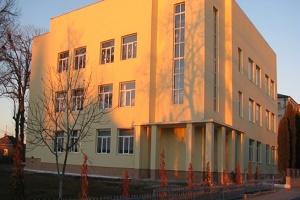 Тернопільські дорожники відремонтували школу