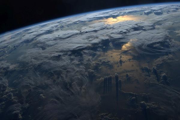 Американець зібрав унікальні знімки з космосу (Фото)