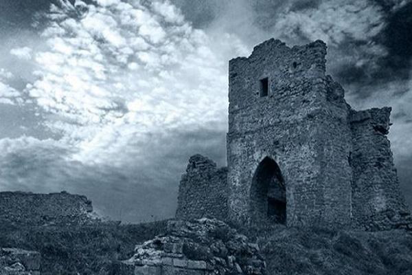 Гора на Тернопільщині, на якій дівчина уклала угоду з дияволом