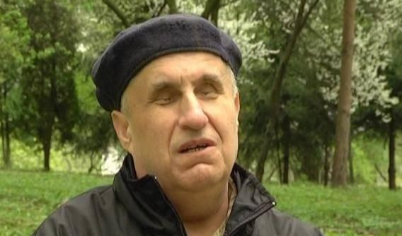 Незрячий поет Василь Лящук зі Старого Почаєва володіє даром передбачення