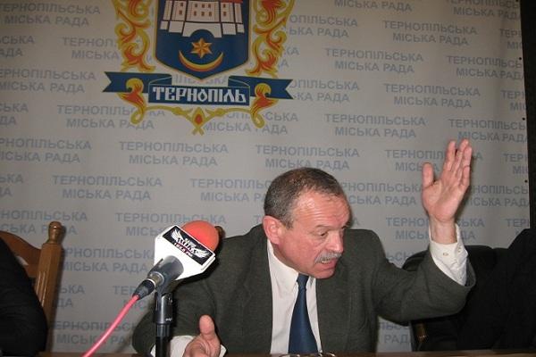 Мер Тернополя підсилює своїх поліцаїв