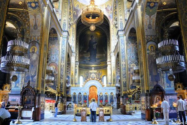 На Тернопіллі до УПЦ Київського Патріархату перейшли три парафії, які належали до УАПЦ
