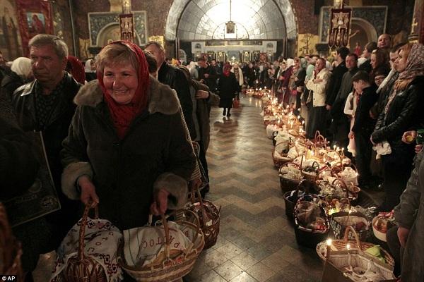 До якої церкви ходять на Тернопільщині