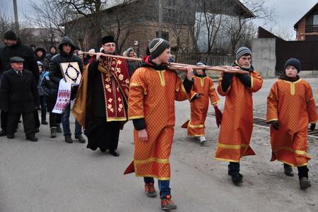 У Ступках відбувся Хресний хід та молитва за Україну (ФОТО)