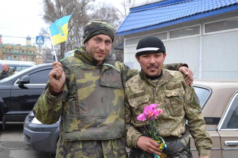 Бійці 128-бригади, які вийшли з Дебальцево не заслужили щоб їх зустрічала влада?