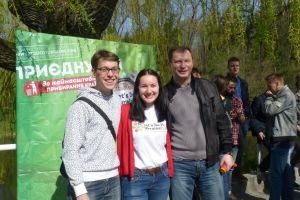 Волонтери перетворюють Тернопіль у чисте місто (Фото)
