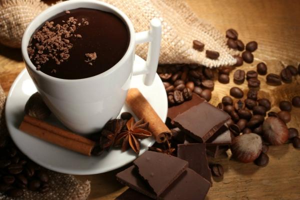 Гарячий шоколад виник раніше ніж кава і чай
