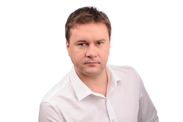 Віталій Цимбалюк: «Чому лікарня задурно роздає свою землю?»