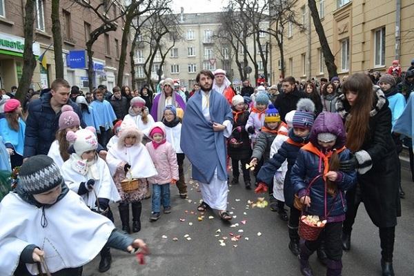 У Тернополі відбулася театралізована хода – в'їзд Ісуса Христа в Єрусалим