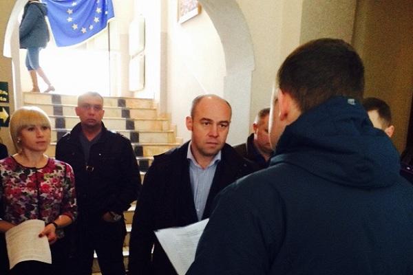 Громадські активісти вимагають від Надала виконання обіцянок