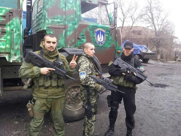 Тернопільські бійці в батальйоні «Торнадо» отримали сучасні автомати (ФОТО)