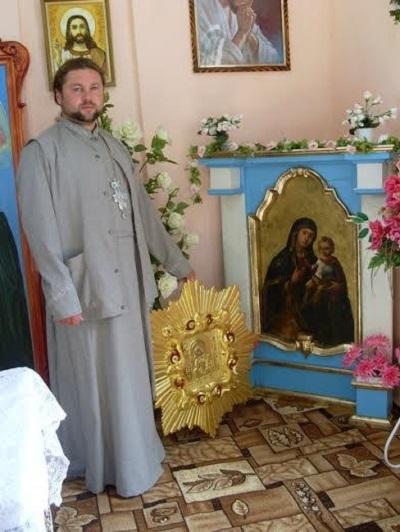Український Стоунхендж знаходиться… у Монастирку? Або Як нищаться попами українські язичницькі святині.