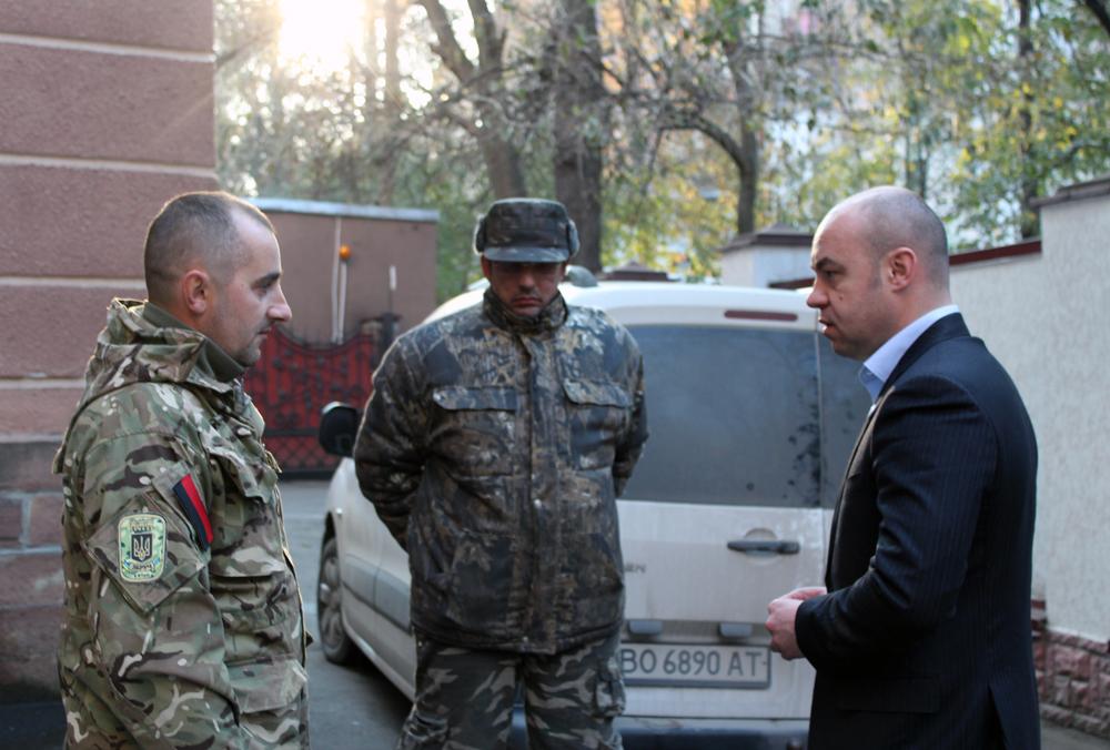 Сергій Надал передав автозапчастини батальйону «Збруч»