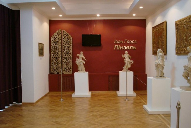 У краєзнавчому музеї виставка творінь геніального Пінзеля (ФОТО)