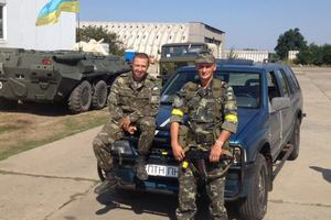 «Автомайдан» відправив 13 авто, бойову машину та швидку в зону АТО