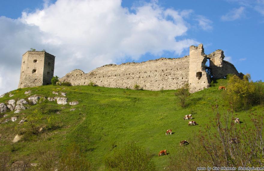 На Тернопільщині можна орендувати костел, синагогу і замок